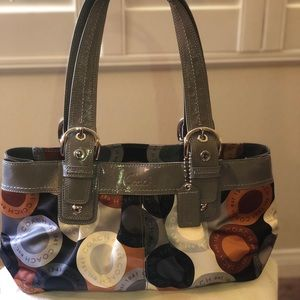 COACH SOHO OP ART GRAY/ MULTI COLOR SATIN HANDBAG